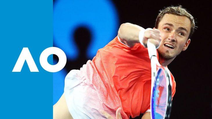 Novak Djokovic vs Daniil Medvedev second set tiebreak | Australian Open 2019 R4