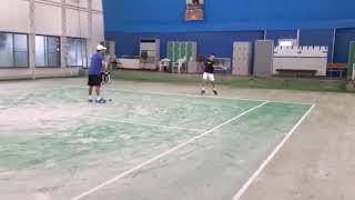 【ジュニアテニス】左右振り回し練習です。2019ジュニアテニス全国大会3大会連続決勝戦に進出した選手が日々行っている練習です。