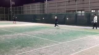 【ジュニアテニス】大学生とクロスラリーをしている動画です。2019ジュニア全国大会3大会連続決勝戦に進出した選手が日々行っている練習動画です。