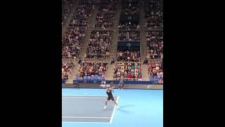 コートサイド真横から見る憧れのフェデラーはやはり美しかった… Roger Federer court level  serve point #short