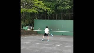 【テニスあるある】テニスの王子様のラケット2本❗❓二刀流キャラ大曲竜次を1億分の1のクオリティで挑戦したくなる時がある❗(笑)【tennis】#Shorts