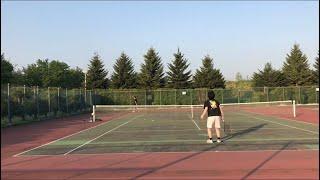 テニス人生最後の一振り!?朝の4時からやっております / the last swing of one's tennis life