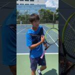 【テニス/TENNIS】川橋勇太プロの40秒レッスン 強く当てるバックハンド #Shorts
