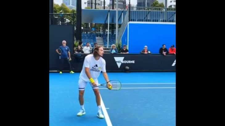 Tsitsipas Serve Normal & Slow Motion.       Tennis  網球 テニス  网球
