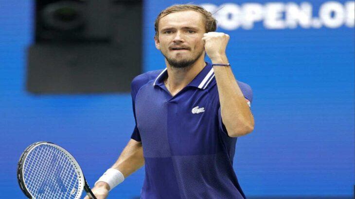 メドベージェフ 悲願のGS初制覇、世界1位ジョコビッチにストレート勝ち<男子テニス>