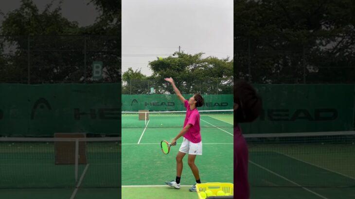 打つ相手がいなくてもできるテニスの練習パート② #tennis #テニス #sports #trending #video #youtubeshorts #rogerfederer #viral